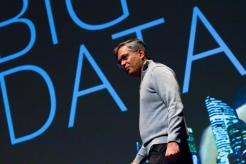 "2018 University of Arizona College of Science Lecture Series featuring Nirav Merchant, Director Data Science Institute, Data7, University of Arizona, presenting ""Working Alongside Thinking Machines."" (Photo:Bob Demers/UANews)"